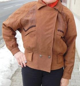 Zajímavá hnědá kožená krátká bunda vel.M