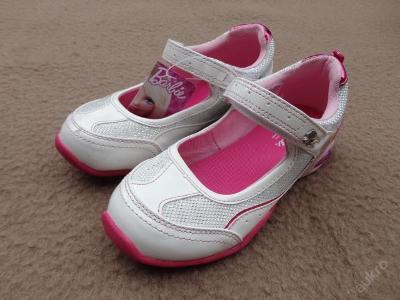 Nové dívčí  boty  zn. BARBIE  vel. 33