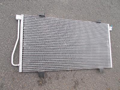 * Nissan Interstar r.v.02-06   chladič klimatizace