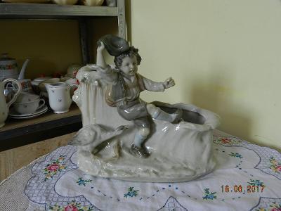 Krásná stará figurální Váza Žardiniéra Amphora Teplice