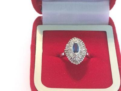 14 zlatý prsten se safírem a diamanty 1,60ct posudek