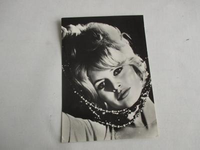 Stary pohled francouzská herečka Brigitte Bardot