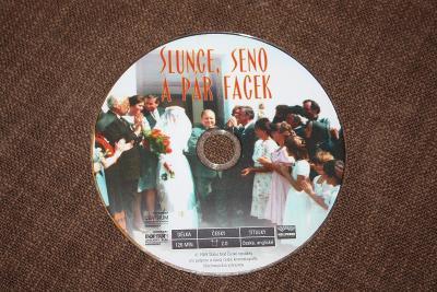DVD - Slunce, seno a pár facek