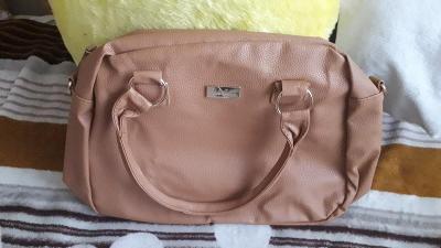 kabelka do ruky i přes rameno