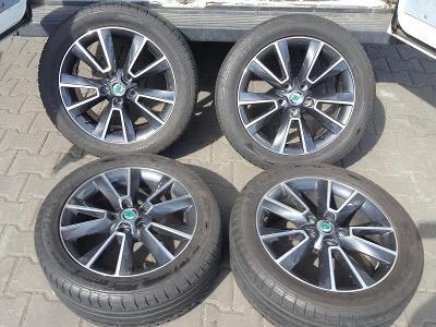 "17""alu orig.Škoda Yeti s pneu 225/50r17  Dunlop"