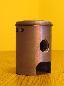 Píst MANET KORADO 38mm + kroužek