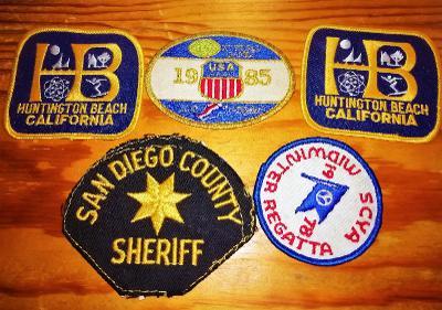 Staré nášivky - 5 ks , 80.léta,San Diego, Los Angeles, California, USA