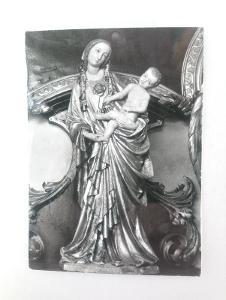 TŘEBOŇ - dekanský kostel sv.Jiljí - socha Madona třeboňská r.1400