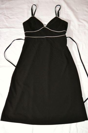 Pěkné černobílé šaty Xanaka, vel. S