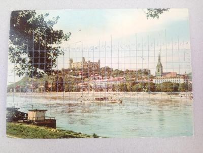 * hrad BRATISLAVA, Dunaj - Slovensko