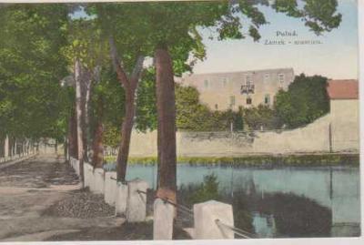 Polná, zámek - museum, barevná