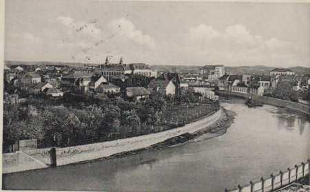 Břeclav, celkový pohled od řeky