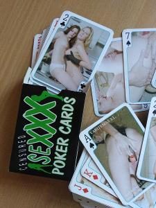 SEXXX POKER CARDS LESBIANS.