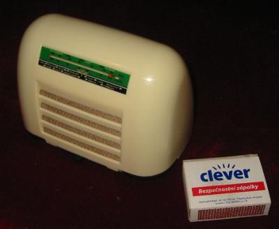 Rarita minireplika radia hrající Kolster ZEX2