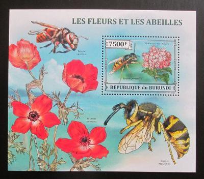 Burundi 2013 Včely a květiny Mi# Block 382 Kat 9€ 0570