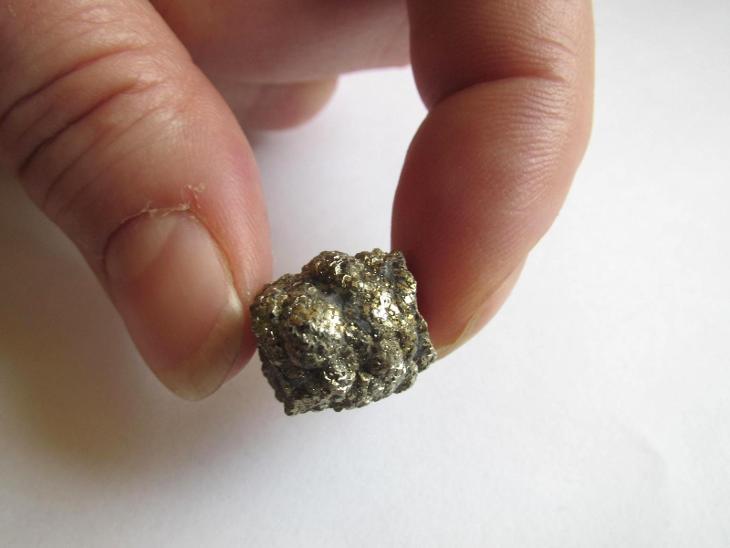 ČESKÝ PYRIT - PRAHA 9 POČERNICE  -       ČR.     (CC 374) - Minerály a zkameněliny