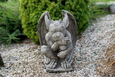 Betonový chrlič Gargoyle - zahradní dekorace