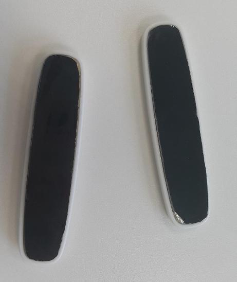2 ks Lepících držáků kabelů na magnetické uchycení - D001 - Kancelář