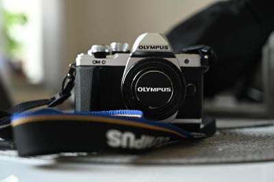 Olympus M 10 MarkII +Grip + M.Zuiko 40-150 + Panasonic 12-32