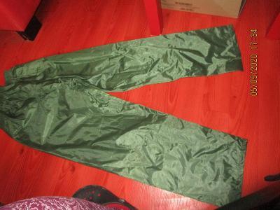 panske kalhoty plastenove