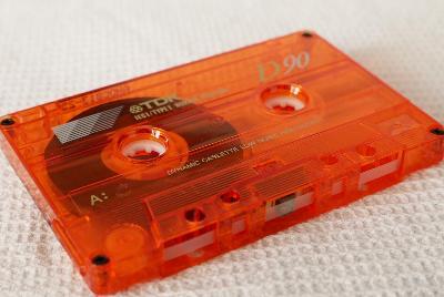 Audio Kazeta TDK D 90 Červena