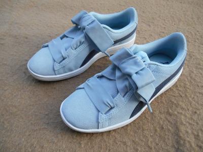 Nové  volnočasové kožené boty zn. PUMA Vikky vel. 33