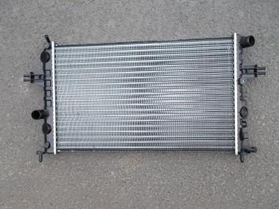 * Opel Zafira r.v.99-05 , Opel Astra G r.v.98-04    chladič vody