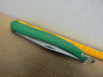 Nůž sběratelský zavírací starý CCCP