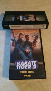 VHS - KARATE TIGER 2 - 87 minut