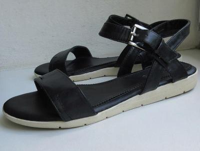 Pohodlné sandály Black vel. 38