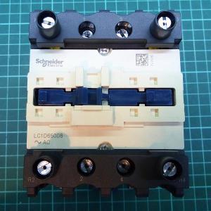 Stykač Schneider Electric LC1D65008P7 4P(2Z+ 2V) 80A, cívka 230VAC