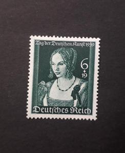 Německo-říše č. 700**