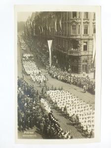 Praha - SOKOL - SLET 1932 - Průvod dorostenců