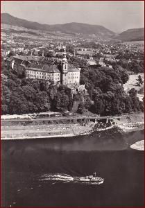 Děčín * zámek, lodě, řeka, pohled z Pastýřské stěny * V218