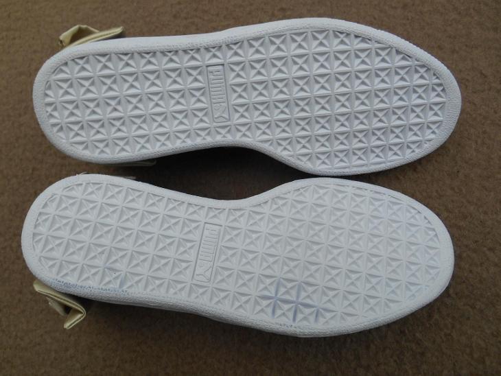 Nové dámské boty - tenisky zn.: PUMA Suede Bow vel. 39 - Dámské boty