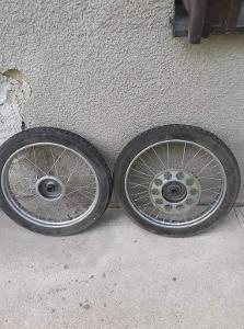 Kola JAWA 555