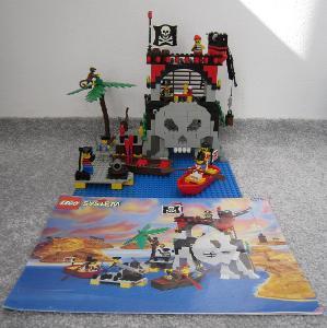 Lego 6279 Piráti, Pirátská skrýš z 90 let