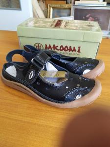 MKOOMI Dámské sandály kožené na suchý zip  Vel. 39 Černé
