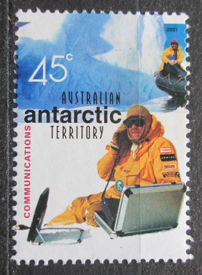 Australská Antarktida 2001 Muž se satelitním telefonem Mi# 142 2030 - Filatelie