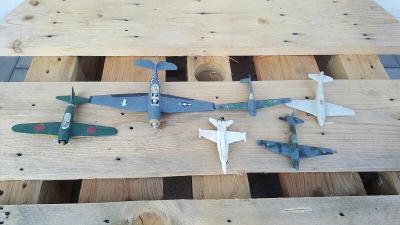 Retro - Stará Hračka Letadla