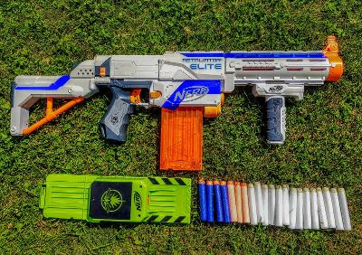 Puška NERF N- Strike Elite Retaliator