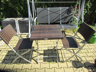 Zahradní balkónový rozkládací set sezení GREENMOTION 2+1/Původně 4990.