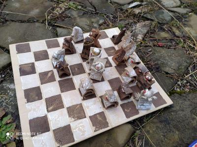 Originální dárek **Originální šachy**