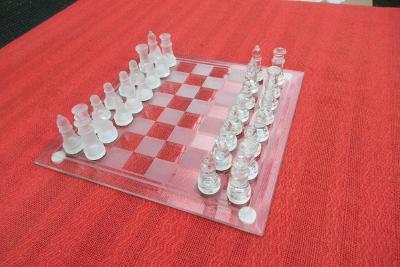 Staré skleněné šachy