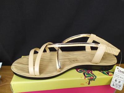 Nazouvací sandály s gumičkou  vel. 38