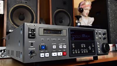 SONY PCM-7030 Digital Audio Recorder DAT Magnetofon k servisu (177571)
