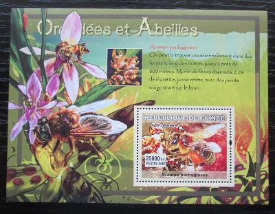 Guinea 2007 Včely a orchideje Mi# Block 1179 Kat 7€ 0435