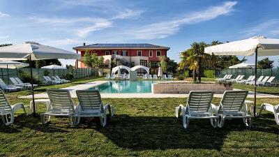 Itálie, hotel Sporting Resort, 4 dny (3 noci) se snídani pro 2 + dítě