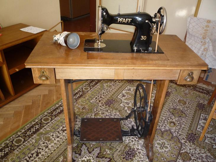 Šicí stroj Pfaff 30 - Starožitnosti