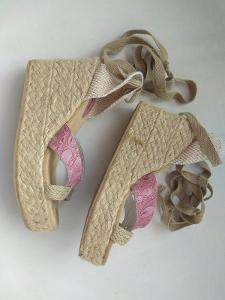 BATA -  damske sandale, boty, obuv na klinu vel. 38